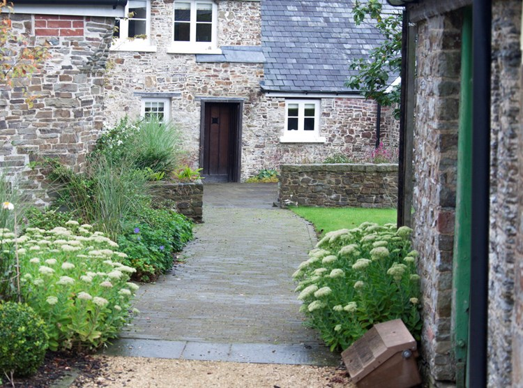 Chelverton Setts - Tumbled Finish
