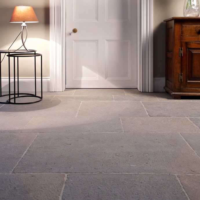 Ilas Blue Imperial English Limestone